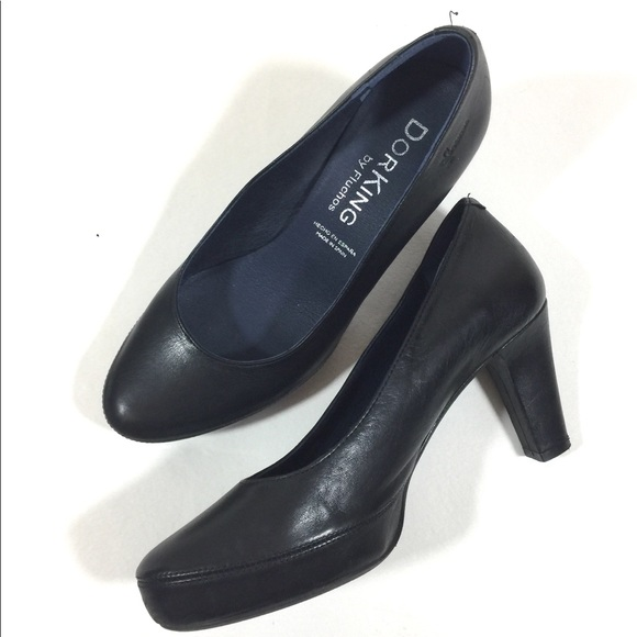 a72614970ab DorKing Shoes | Womens Black Leather Heels | Poshmark